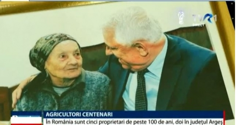 News update | There are five centenarian farmers in Romania. Two of them are from Arges County and were visited by the Minister of Agriculture, Petre Daea @ Primaria Comunei Balilesti